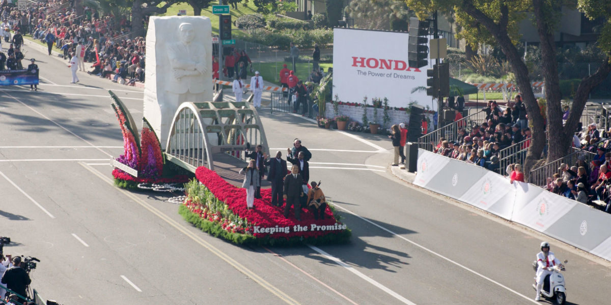 LA Blade: AHF highlights 'social justice' in Rose Parade (VIDEO)
